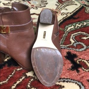 Louise et Cie Shoes - Brown booties size 7.5 great condition!